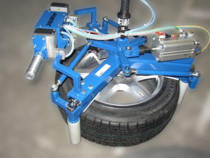 Rad/Reifen-Greifsystem